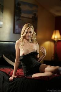 Beautiful Blonde Alexa Grace 03