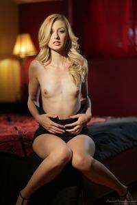 Beautiful Blonde Alexa Grace 04
