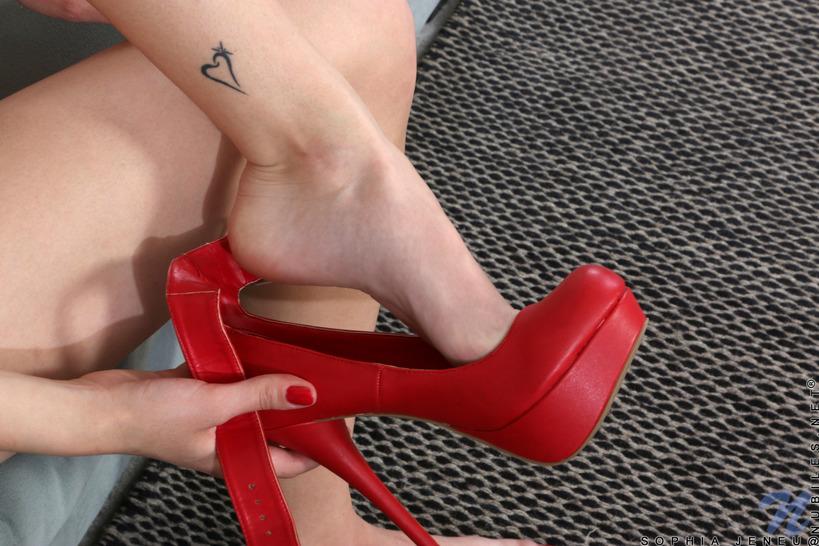 Sophia Jeneu With Sweet Teen Tits 07