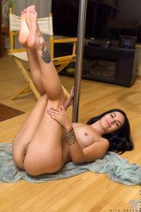Black Haired Amateur Rita Raven Masturbates 14