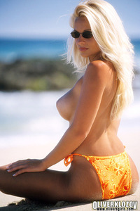 Heather Gorgeous Beach Babe 11