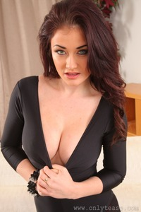 Jess Impiazzi's Hypnotic Eyes  17