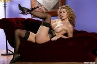 Heather Vandeven 06