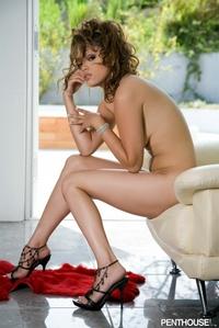 Hot Babe Gets Naked 09
