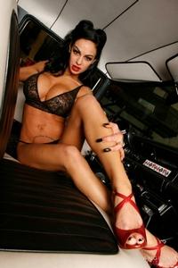 Angelina Valentine 04