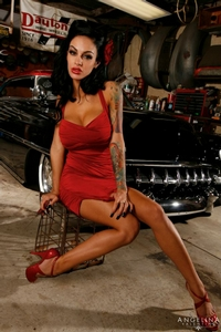 Angelina Valentine 03