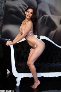 Vanessa Veracruz 08