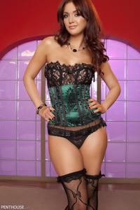 Veronica Ricci 01