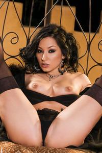 Roxy Jezel 05