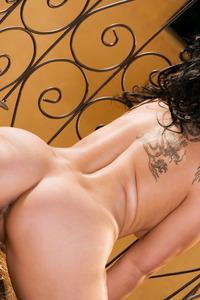 Roxy Jezel 16