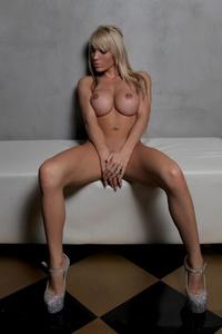 Amazing Vicky 10