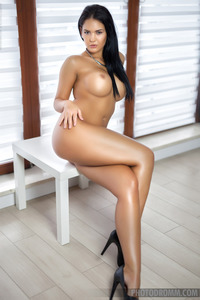 Gorgeous Brunette Glamour Babe Kendra Strips 09