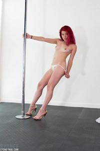 Sydney Mai Pole 01