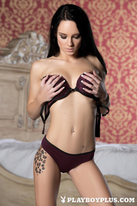 Meghan Leopard In Pleasures 02
