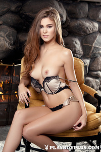 Brunette Young Girl Waiting For Romantic Night 05