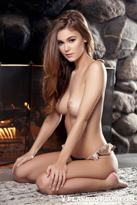 Brunette Young Girl Waiting For Romantic Night 08