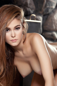 Brunette Young Girl Waiting For Romantic Night 14