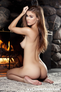 Brunette Young Girl Waiting For Romantic Night 15