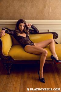 Brittany Brousseau In Richesse 00