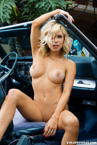 Dani Mathers Posing Outdoor 07