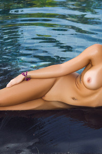 Jessica Ann Naked Siren In The Pool 18