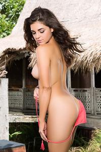 Jessica Ann In Sexy Bikini 10