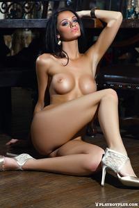 Victoria Barrett Sexy Playboy Babe 17