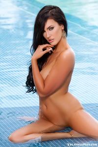Hot Playmate Ashleigh Hannah By The Pool 14