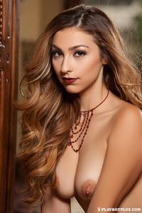 Golden Brown Haired Cierra Avalon 14