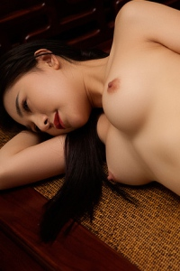 Sexy Asian Playmate Wu Muxi Posing In Silk Kimono 16
