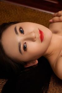 Sexy Asian Playmate Wu Muxi Posing In Silk Kimono 19