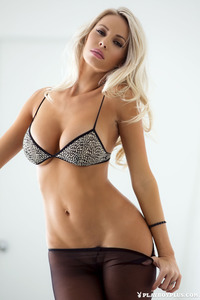 Here Is The Newest Playboy Selection To You 03
