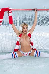 Khloe Terae Sexy NHL Babe 05