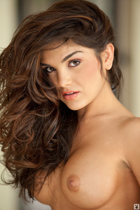 Elizabeth Mendez Shows Her Sexy Naked Body 05