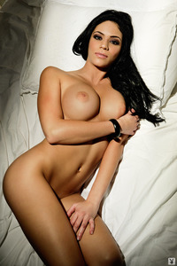 Melany Denyse Gets Nude On A Bed 01