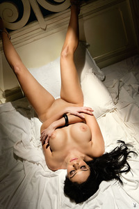 Melany Denyse Gets Nude On A Bed 10