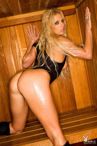 Elizabeth Ellis In The Sauna 04