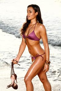 Antoinette Alexis On The Beach 00