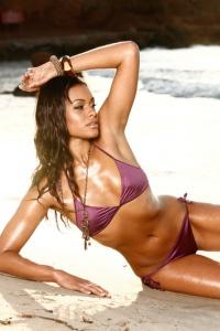 Antoinette Alexis On The Beach 02