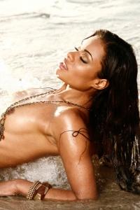 Antoinette Alexis On The Beach 09