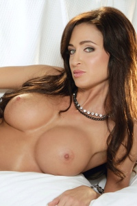 Busty Playboy Babe Sheena Stiles 01