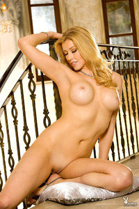 Amazing Blonde Playboy Babe Christina Greene 11