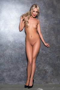 Hot Playboy Schoolgirl Elyse Jean 06