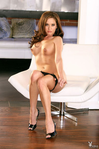 Sexy Playmate Vanessa Callison 05