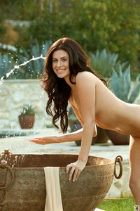 Eva Hilovski Gets Wet Outside 06