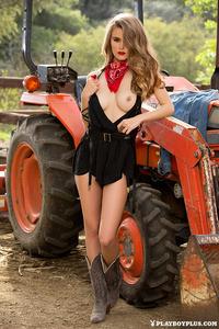 Amberleigh West 02