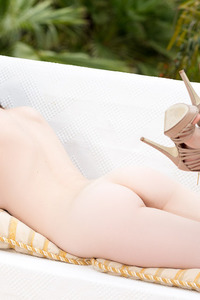 Serena Wood Strips On The Terrace 10