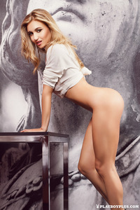 Sexy Romanian Playmate Aurora Marchesani 04