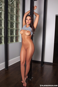 Kelsi Shay Naked On The Floor 03