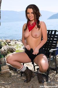 Ashleigh Rae Naked Hiking 01
